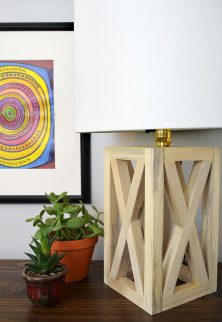 496-simple-chic-wooden-table-lamp-diy