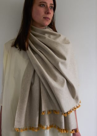 514-wool-wrap-with-silk-tassels