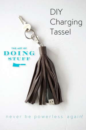904-diy-charging-cord-tassel-never-be-without-power-again