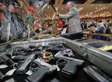 بيع السلاح بالولايات المتحدة
