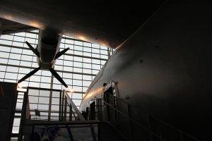 طائرة---هوارد-هيوز-ال-عملاقة-14--اكبر-طائرة-بالعالم