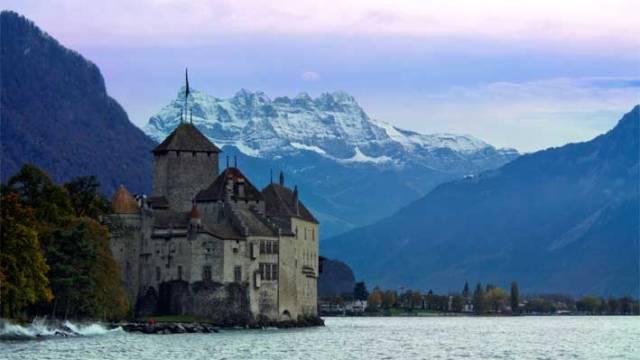 الهجرة الى سويسرا-والفساد-بالعالم-فلكر