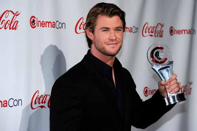 Chris Hemsworth With Cinema-Con Award
