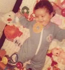 Nazanin-Boniadi-childhood-pics