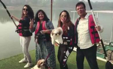 Srishty with her father, Mother and Sister
