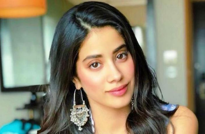 Jhanvi Kapoor Age, Wiki, Height, Instagram, Hot Images, Movies
