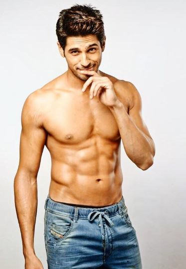 Sidharth Malhotra Body Photo