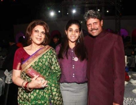 Kapil Dev wife and daughter