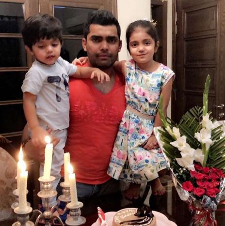 Umar Akmal with son & daughter