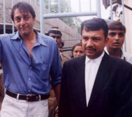 Satish Maneshinde with Sanjay Dutt