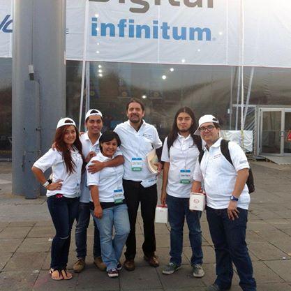Después_de_30_charlas,_voluntarios_en_Aldea_Digital