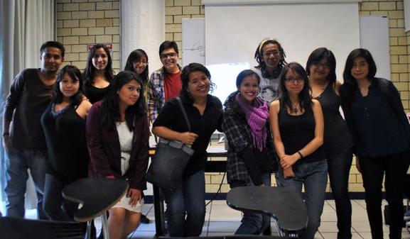 El grupo de la profesora Adriana Álvarez Sánchez en la UNAM. Foto: ProtoplasmaKid CC-BY-SA 3.0