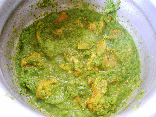 Green Chilli Chicken Curry
