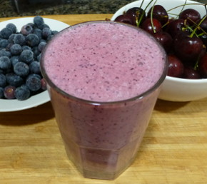 cherry-blueberry-smoothie