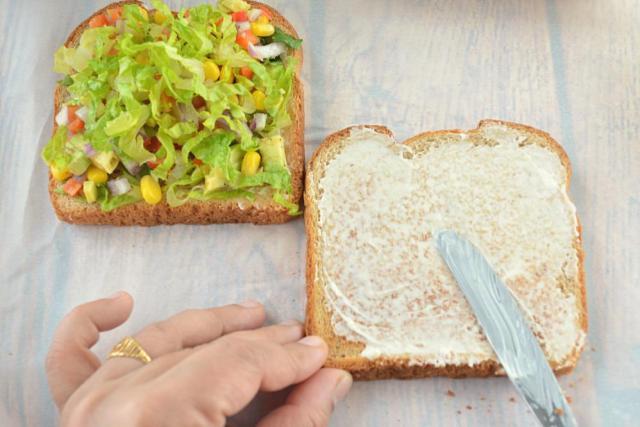 avocado-mayo-sandwich-9-1
