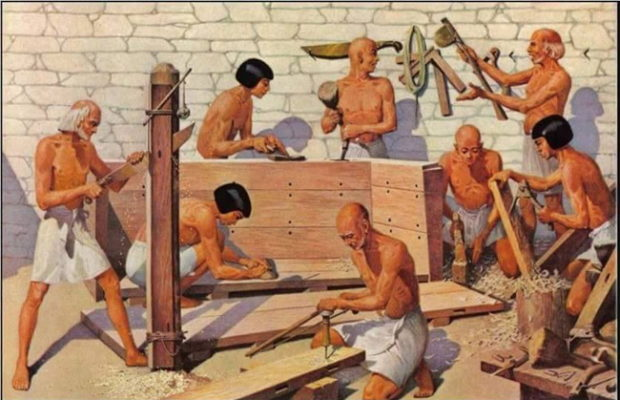 Great Pyramid is built with hundreds of slaves