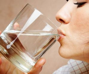Reasons to drink 2 cups of Warm Water on an empty stomach