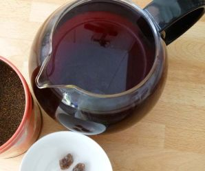 4 Amazing Benefits of Black Tea for Healthy Hair