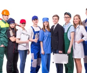Things to Avoid When Choosing Uniforms for Your Staff