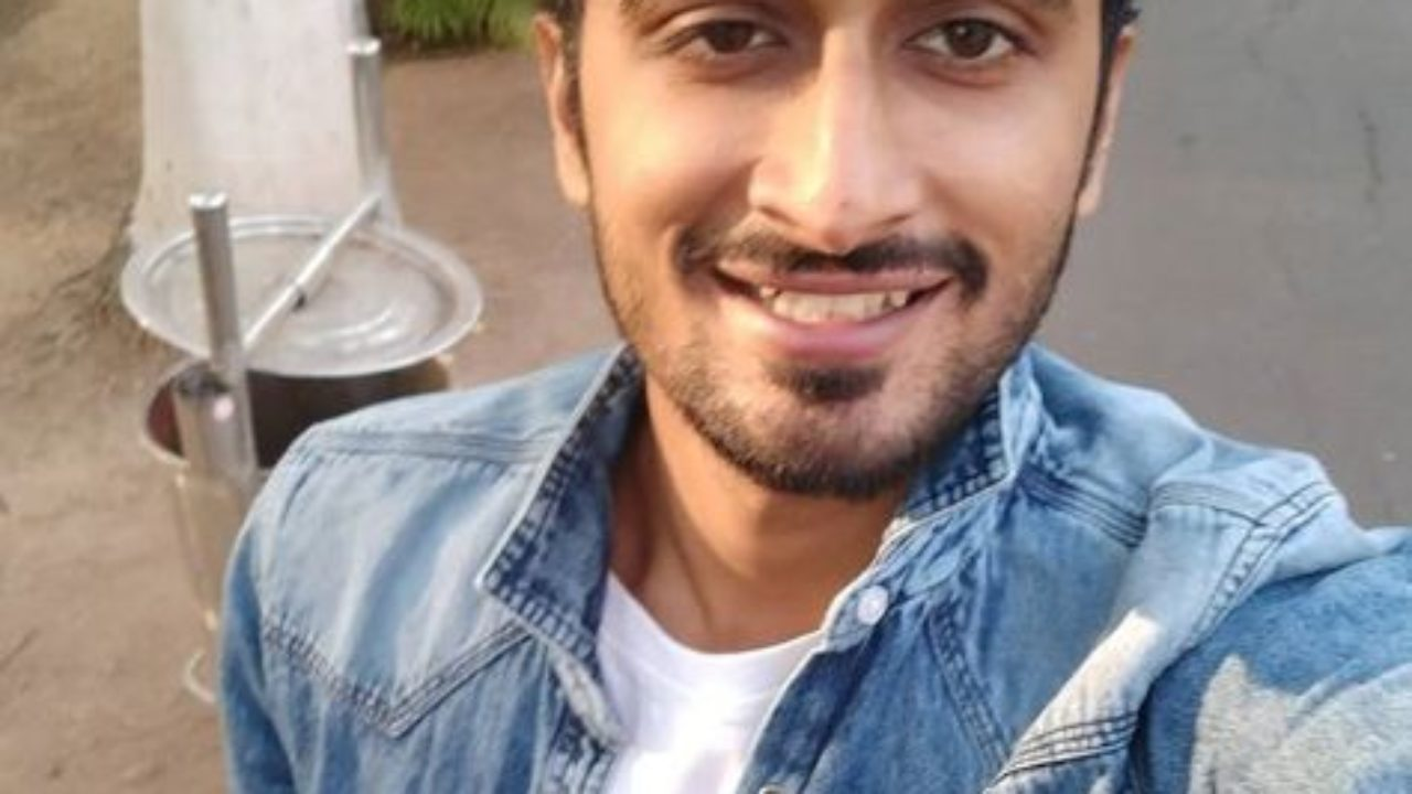 Bade Sharma Biography, Height, Weight, Age, Affairs & More