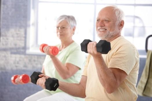 Tích cực tập thể dục thể thao để phòng ngừa bệnh thấp khớp
