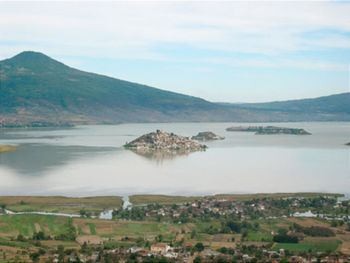Lake Patzcuaro  Wikitravel