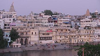 Gangaur Ghat, Udaipur, Image Credit: http://wikitravel.org/en/Udaipur