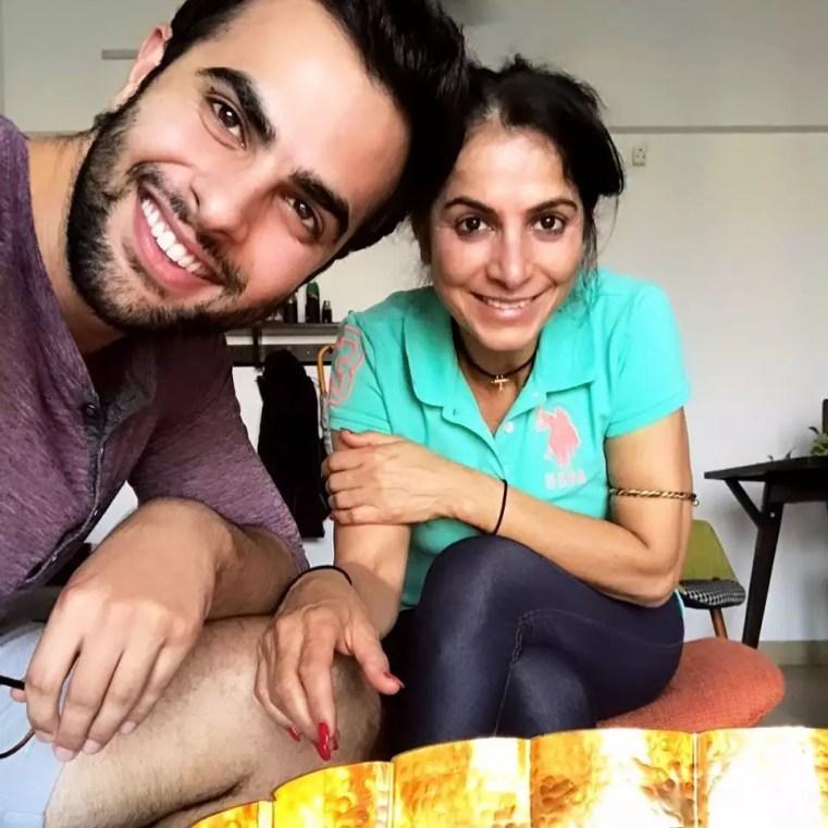 Ankur Rathee with mother Usha Rathee