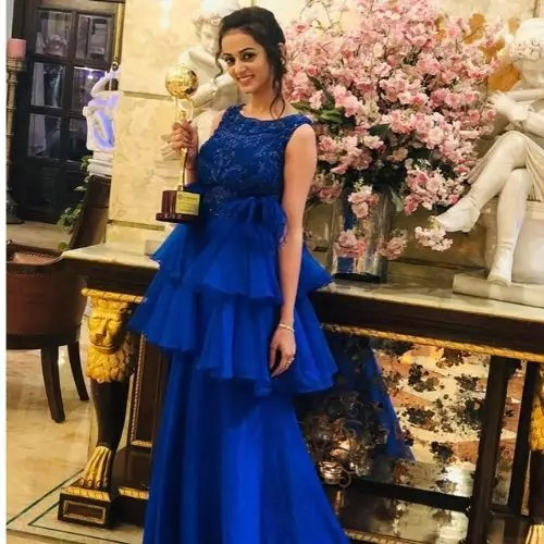 Kajol Srivastava with Adhi Abadi Achievement Awards (2019)