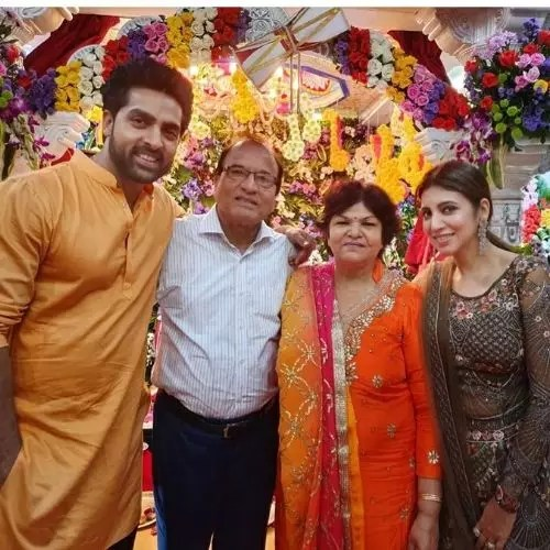 Adhvik Mahajan Family