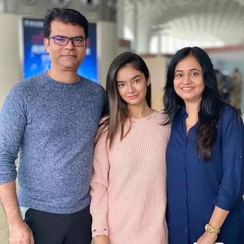 Anushka Sen Family