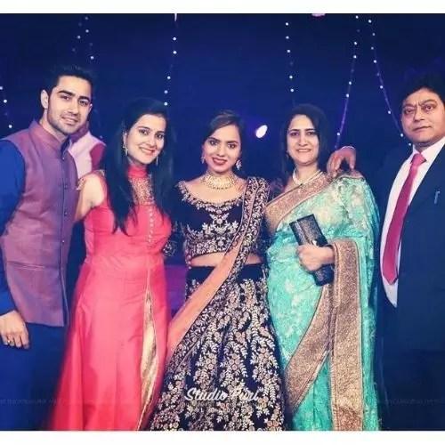 Naveen Pandit Family