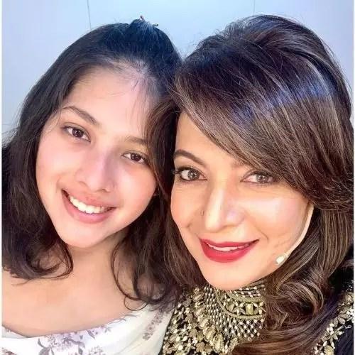 Divya Seth Shah with Daughter (Mihika)