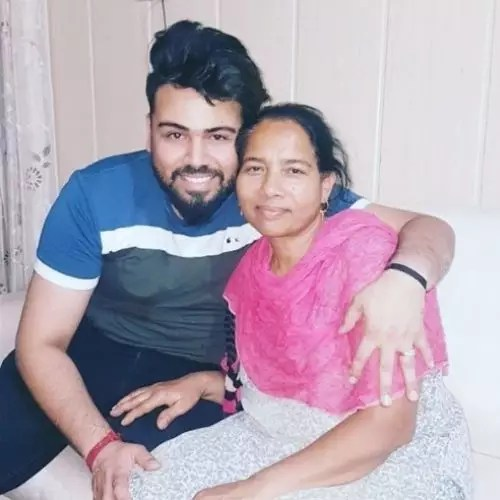 Diljaan with mother