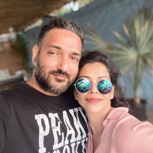 Deepali Pansare with Suveer Safaya (Husband)