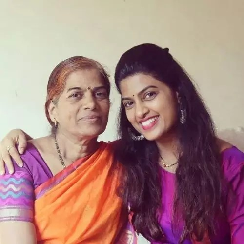 Dhanashri Kadgaonkar with Her Mother