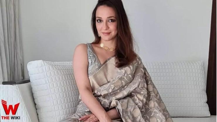 Nauheed Cyrusi (Actress)