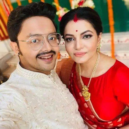 Sayantani Sengupta with Indranil Mullick (Husband)