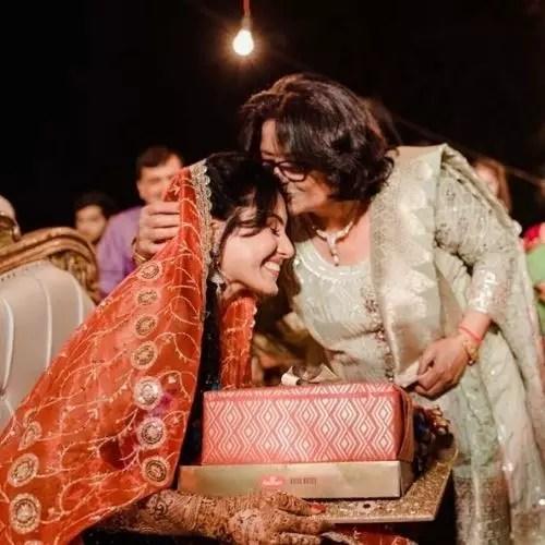 Kamya Punjabi with Mother