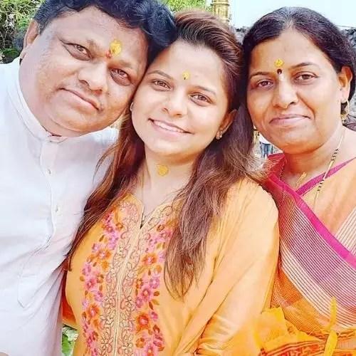 Kartiki Gaikwad with Parents