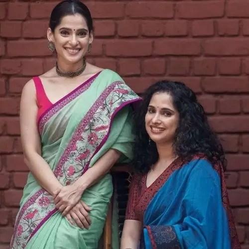 Priya Bapat with Sister