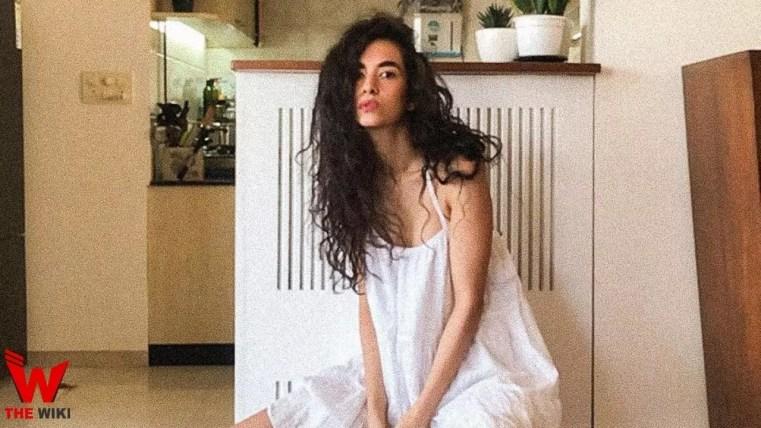 Saba Azad (Actress)