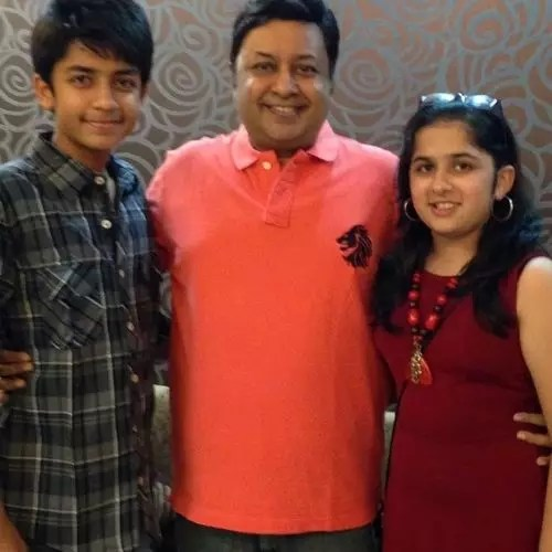 Nitin Vakharia with Kids