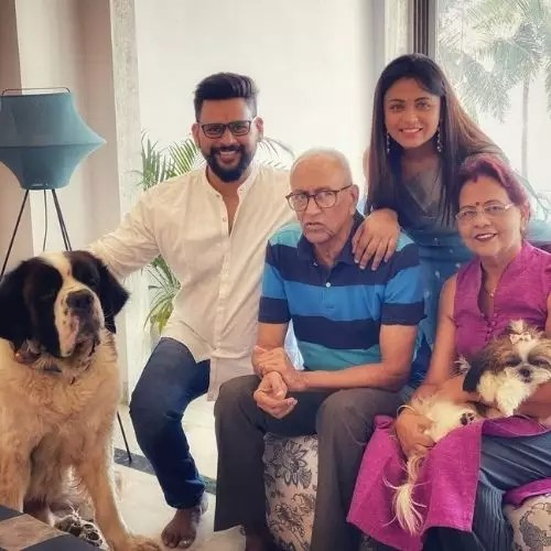 Prarthana Behere with Family
