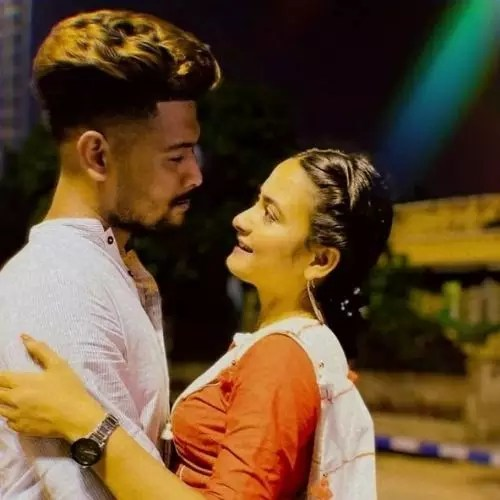 Pallavi Dey with her Boyfriend