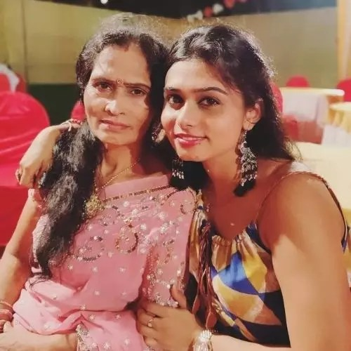 Sunidee Chauhan's Mother