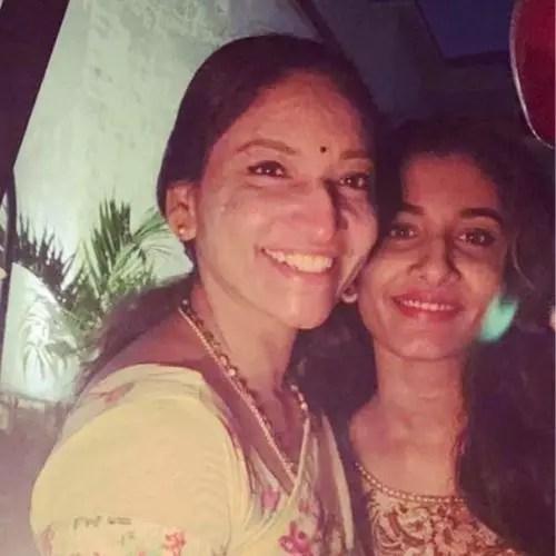Vishnu Priya Bhimeneni with Her Mother