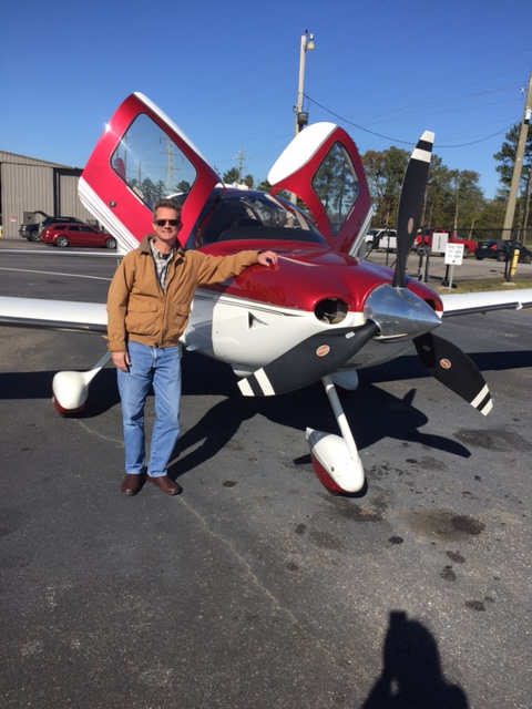 2008 Cirrus Perspective by Garmin SR22TN Turbo with pilot, credit wikiWings