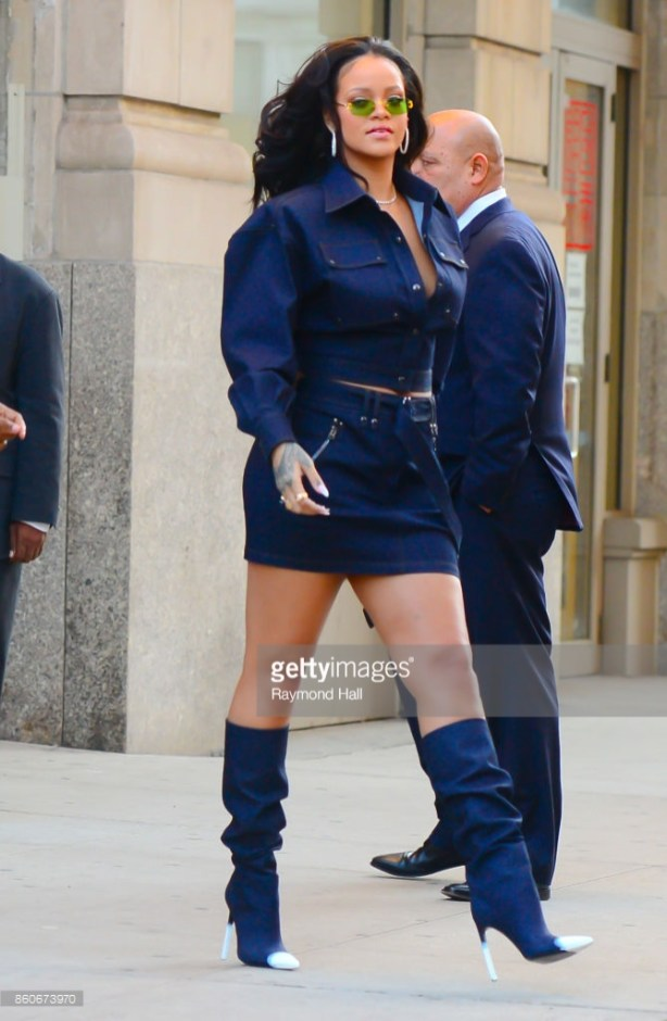 NEW YORK, NY - OCTOBER 12: Singer Rihanna is seen walking in Soho on October 12, 2017 in New York City. (Photo by Raymond Hall/GC Images)