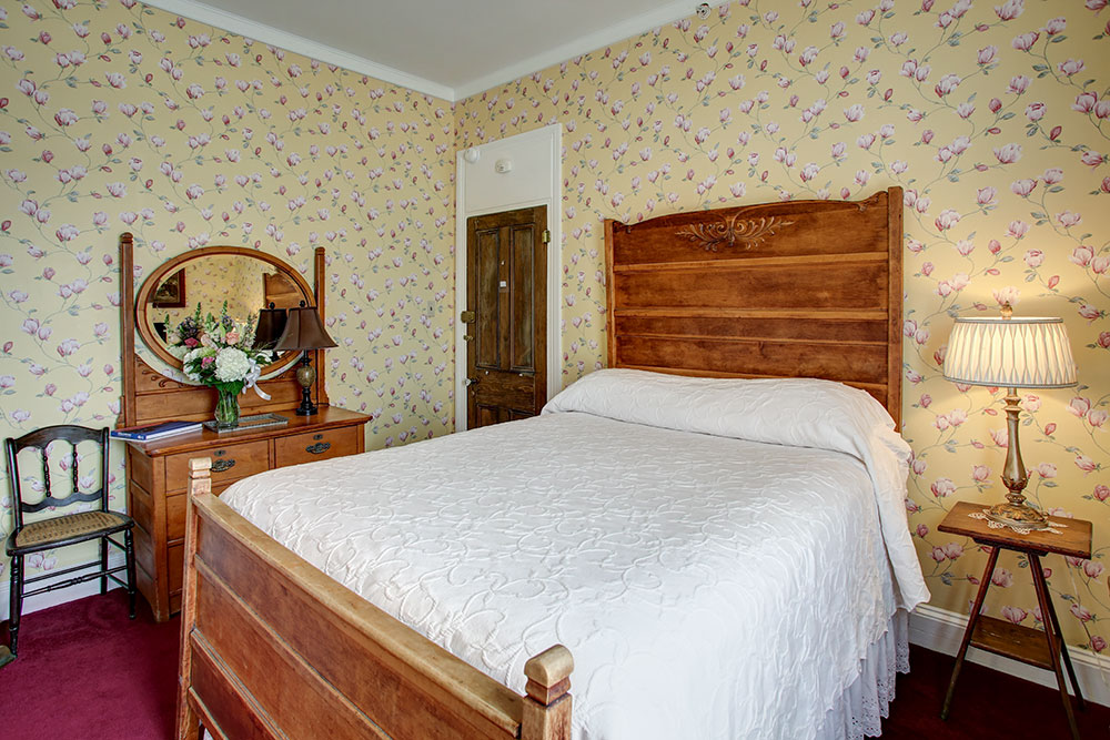 Room 5, The Wilbraham Mansion & Suites Boutique Hotel, Cape May, NJ